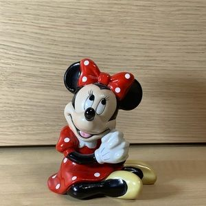 Disney Minnie Mouse Ceramic Figurine - Sitting